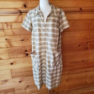 1960s Unlabeled Plaid, Poly/Cotton Blend, Housedre